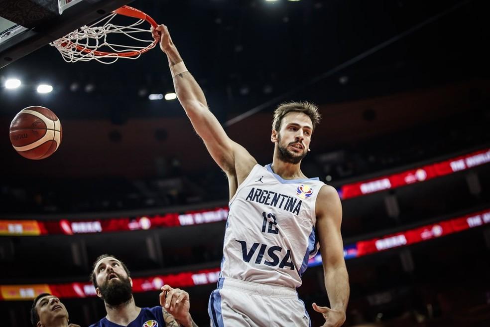 Delía é um dos membros da nova geração argentina — Foto: Divulgação/FIBA