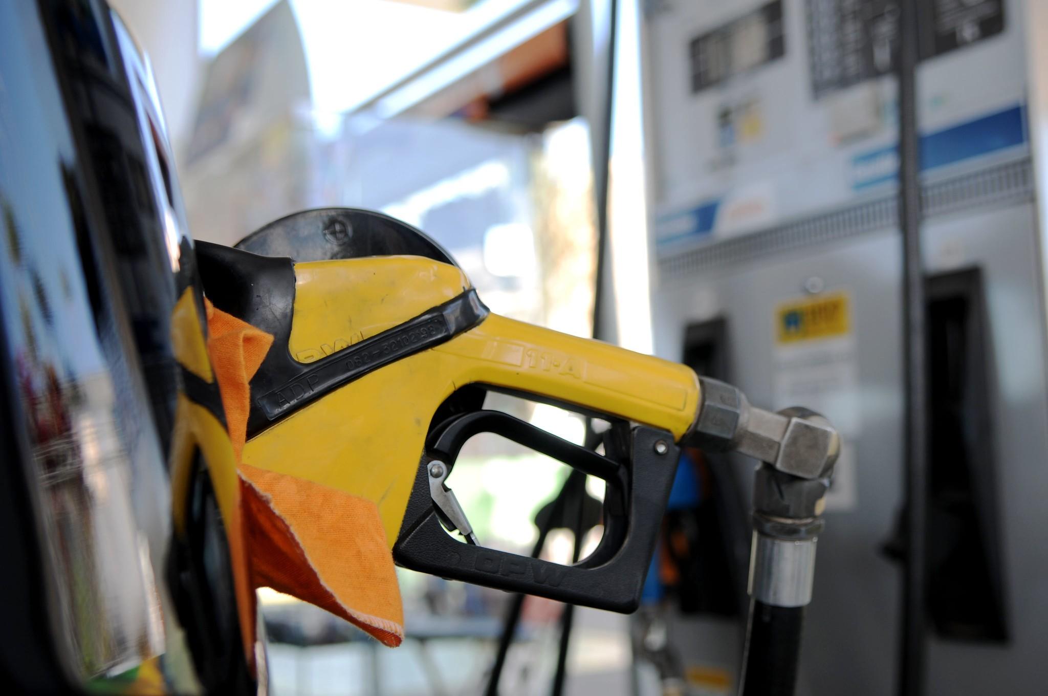 Após queda nas vendas devido ao coronavírus, gasolina pode ser encontrada a R$ 3,69 no DF