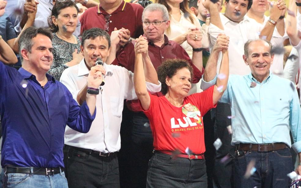 Convenção do PT lança candidatura de Wellington Dias para governador do estado — Foto: Lucas Marreiros/G1