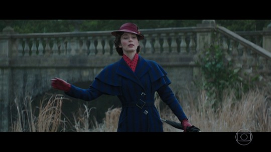 Mary Poppins volta às telas dos cinemas após 54 anos, na pele de Emily Blunt