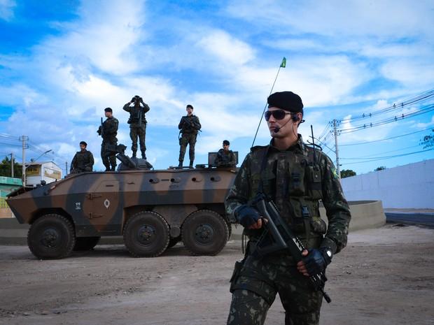 Militares fizeram a segurança no entorno da Arena Pantanal (Foto: Andrea Lobo/ Secom-MT)