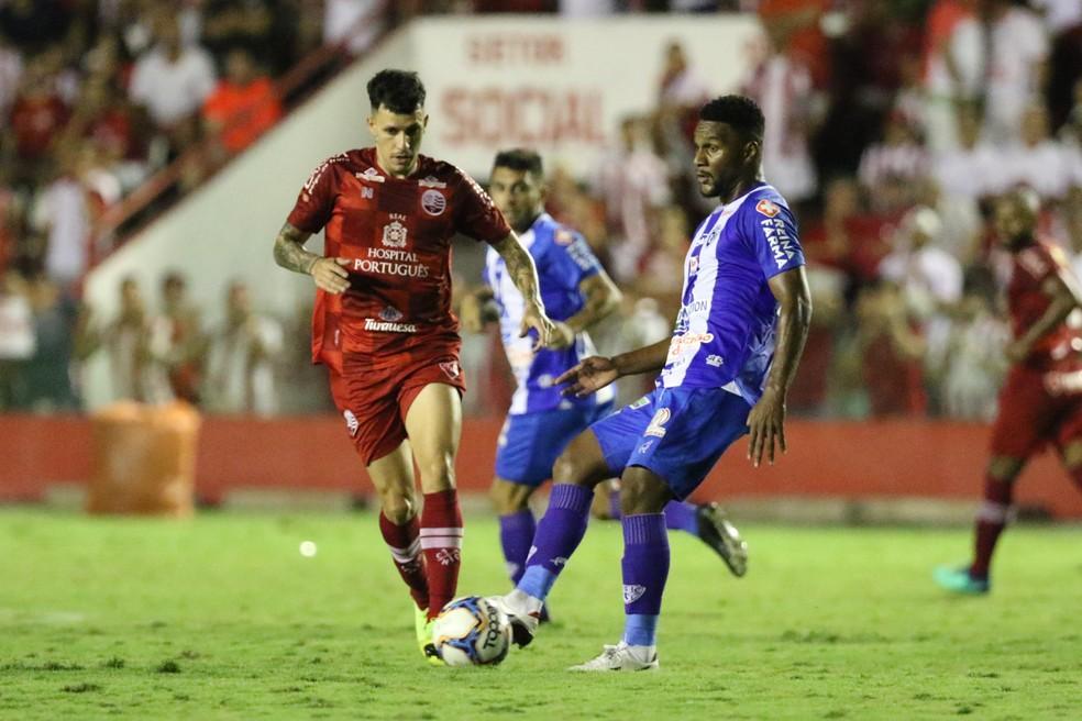 Náutico e Paysandu se enfrentaram nos Aflitos no último dia 8. Após empate em 2 a 2 no tempo regulamentar, Timbu venceu nos pênaltis — Foto: Marlon Costa / Pernambuco Press