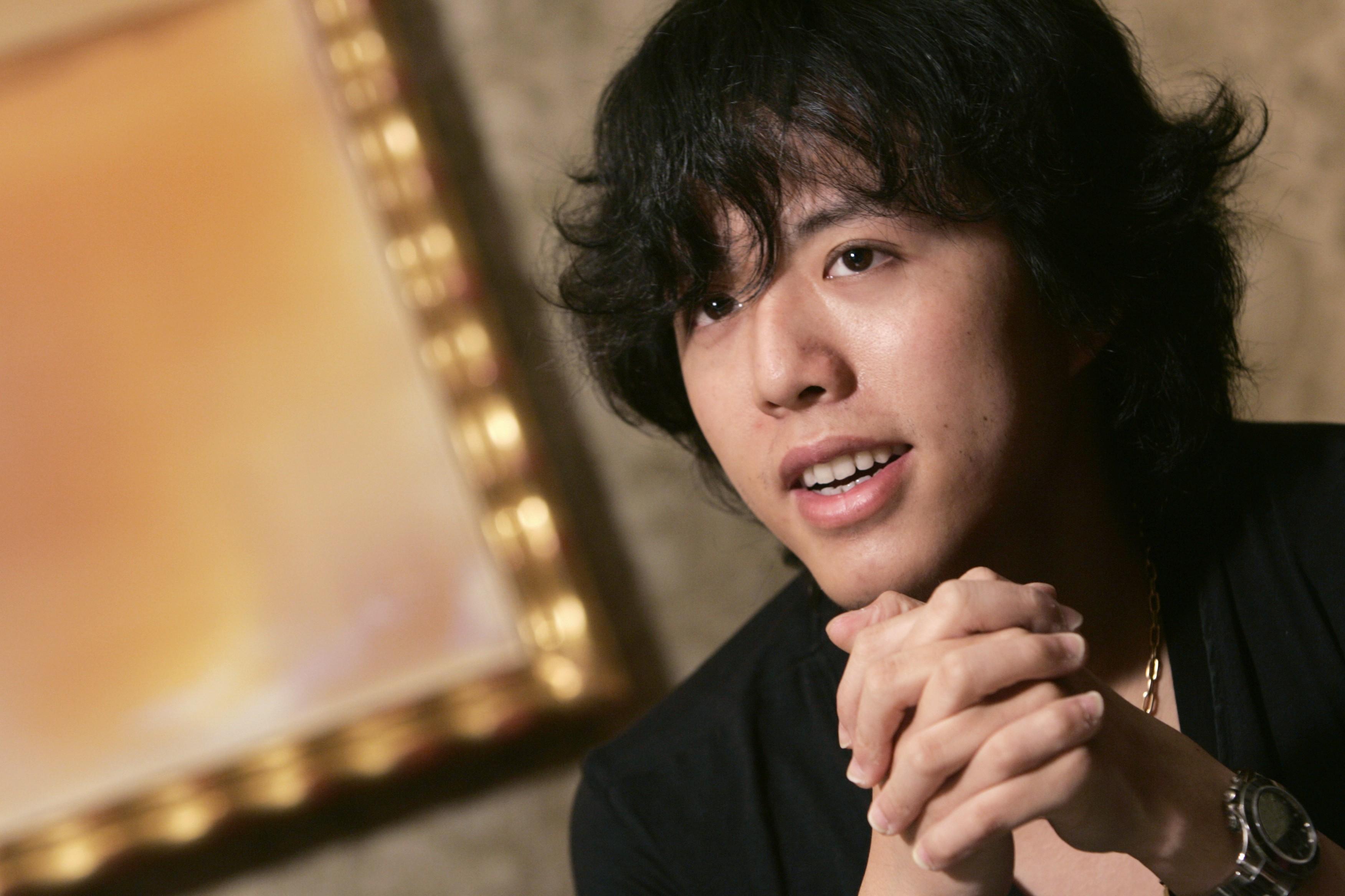 Polícia da China detém pianista Li Yundi por alegações de contratar prostituta
