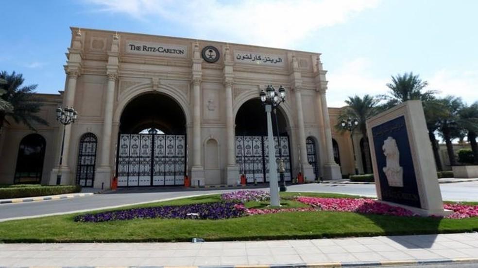 O hotel Ritz-Carlton em Riad hospedou multimilionários, chefes de Estado e membros da família real da Arábia Saudita (Foto: Reuters)