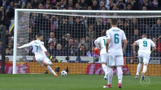 "Ferdinand revela que Cristiano Ronaldo treinava ""pênalti espírita"" no United"