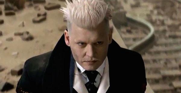 O ator Johnny Depp no papel do bruxo Grindewald (Foto: Reprodução)