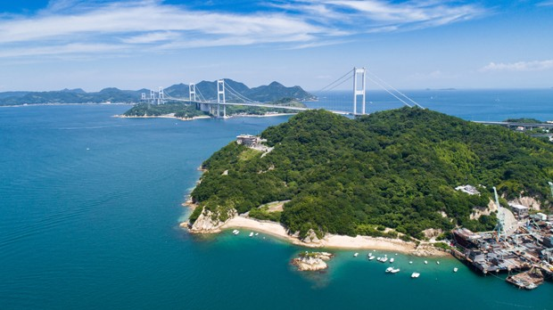 Kurushima Bridges in Seto Inland Sea, Japan (Foto: Getty Images/iStockphoto)