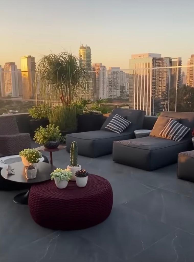 Tiago Abravanel mostra detalhes de sua cobertura luxuosa em São Paulo (Foto: Instagram)
