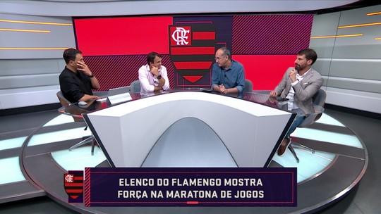 """Comentaristas debatem elenco do Flamengo: """"Titulares estão bem acima dos reservas"""", diz Pedrinho"""