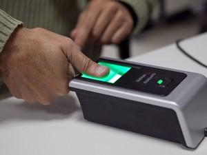Voto com biometria (Foto: TSE/Divulgação)