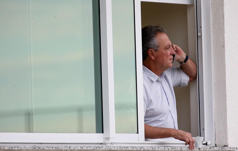 Abel virou motivo de queda de braço entre clubes ? Foto: Lucas Merçon/Fluminense FC
