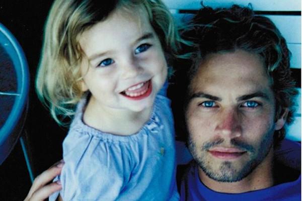 O ator Paul Walker (1973-2013) em uma foto antiga com sua filha, Meadow Walker (Foto: Instagram)