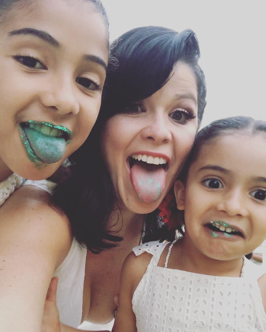Samara Felippo e filhas (Foto: Reprodução / Instagram)
