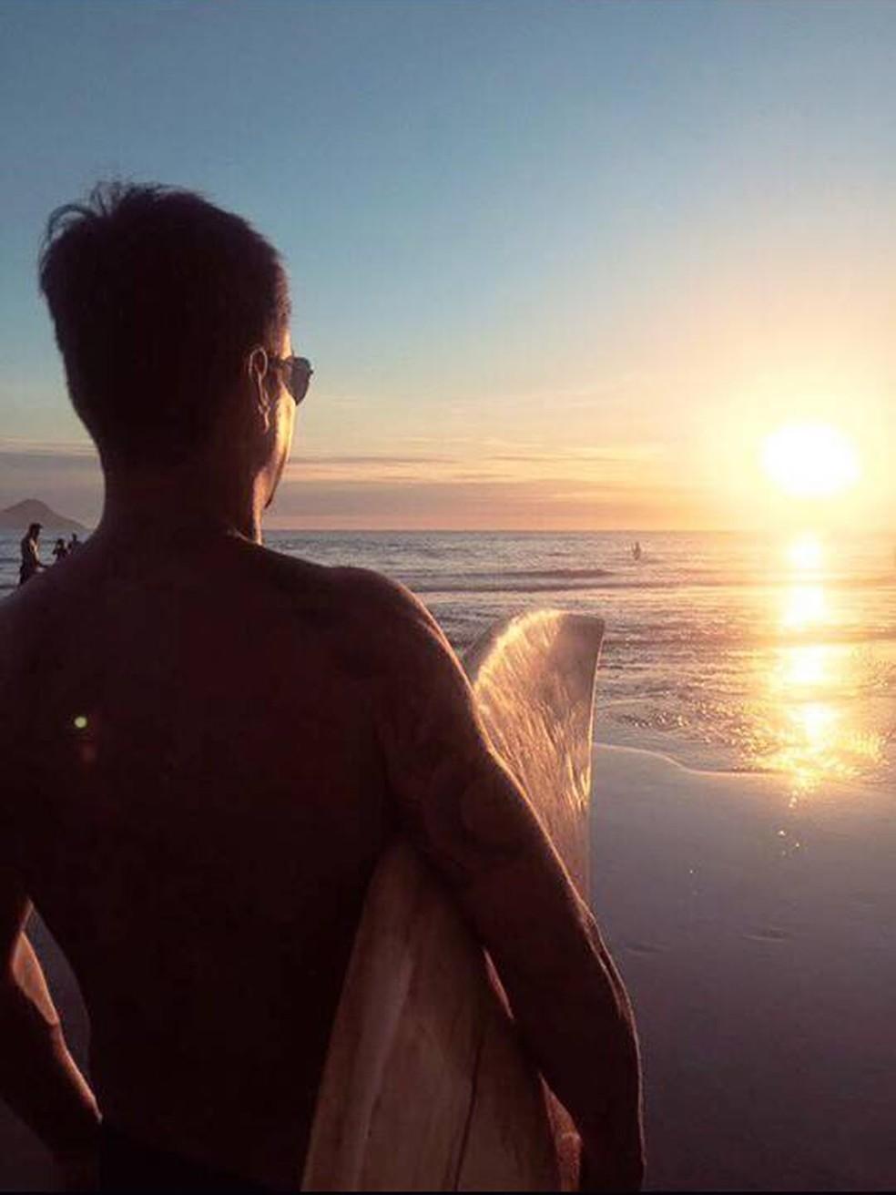 Surfista Antonio Otsuzi, que sumiu no mar em São Sebastião, é empresário em SP — Foto: Arquivo pessoal