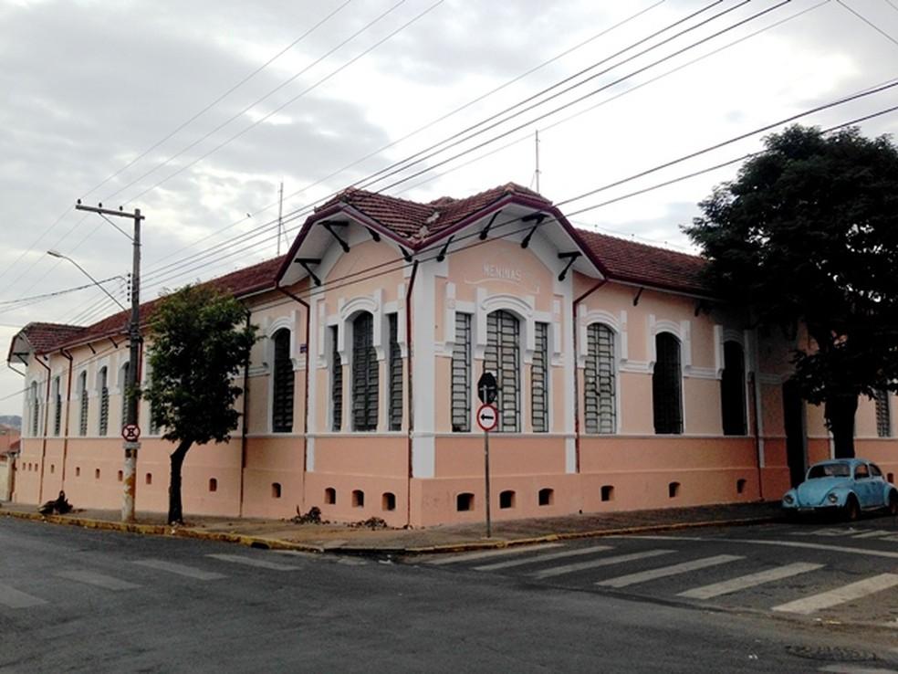 Escola de Porto Ferreira passou por revitalização em 2014 (Foto: Reprodução/ Prefeitura de Porto Ferreira)