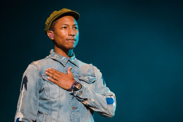 SAO PAULO, BRAZIL - MARCH 29: Pharrell Williams performs during 2015 Lollapalooza Brazil at Autodromo de Interlagos on March 29, 2015 in Sao Paulo, Brazil. (Photo by Mauricio Santana/Getty Images) (Foto: Getty Images)