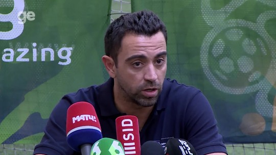 """Após polêmica com Casemiro, Xavi defende análise: """"Crítica construtiva"""""""