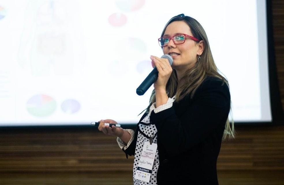 Professora Angélica Vieira está entre as vencedoras do prêmio Mulheres na Ciência. — Foto: Angélica Vieira/Arquivo pessoal