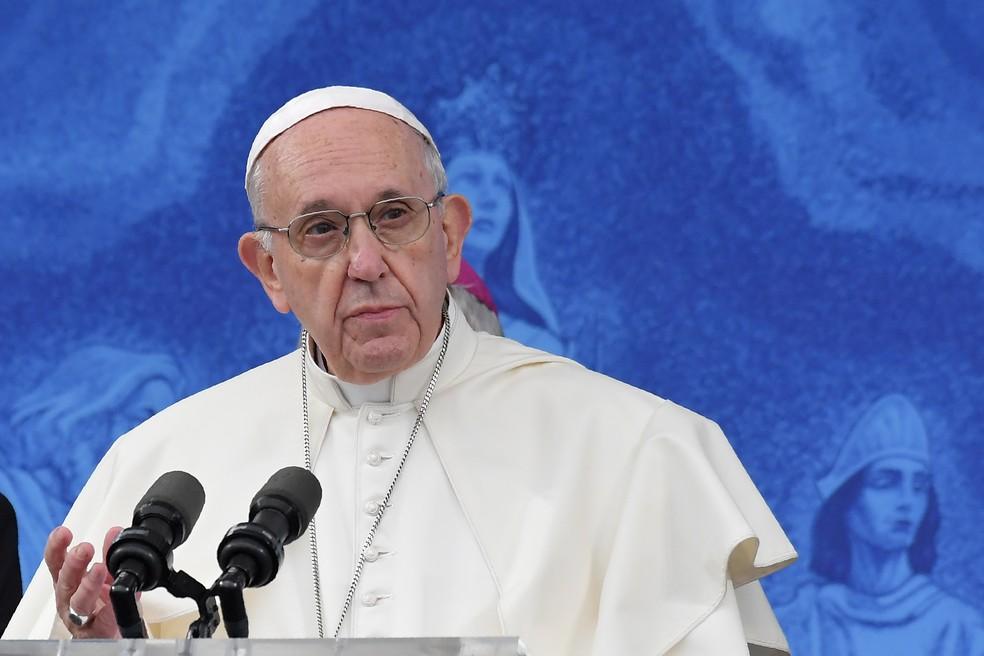 Papa Francisco: encontro com bispos do mundo todo para discutir escândalos de abuso sexual. — Foto: Tiziana FABI / AFP