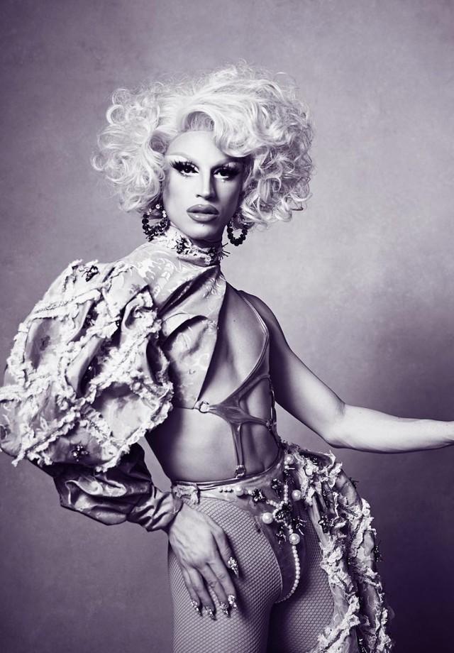 A drag queen Aquaria, que ficou famosa em RuPaul's Drag Race. (Foto: Instagram Aquaria/ Reprodução)
