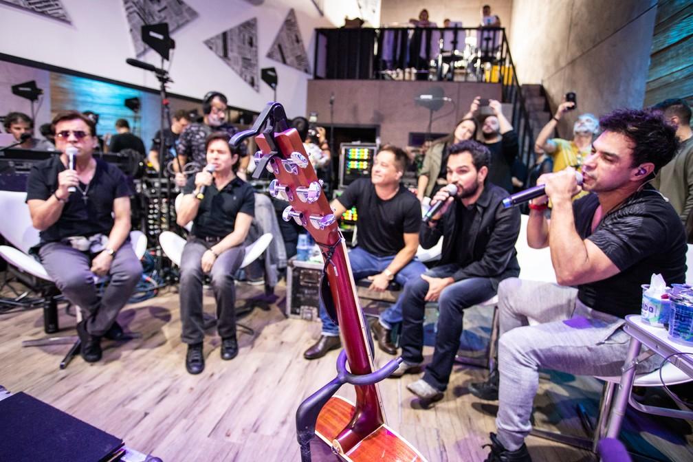 """""""Amigos"""" ensaiam para retorno aos palcos — Foto: Fábio Tito/G1"""