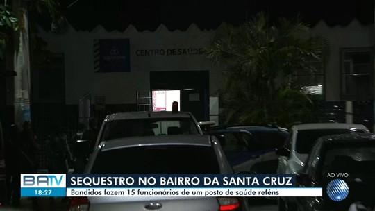 Criminosos invadem posto de saúde na Bahia e fazem 15 reféns
