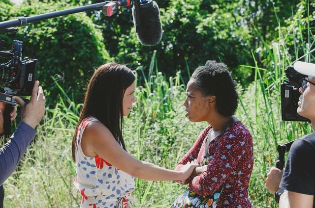 Adriana Esteves e Mariana Nunes gravam uma das cena finais dessa fase de 'Amor de mãe' (Foto: Isabella Pinheiro/ Gshow )