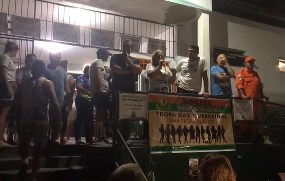 Maioria dos policiais decide pelo do motim que ocorreu durante 13 dias no Ceará — Foto: André Teixeira/SVM