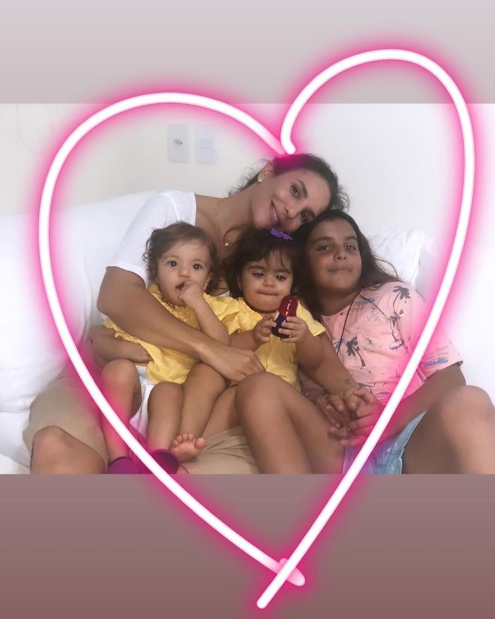 Ivete Sangalo com os filhos  — Foto: Reprodução/Instagram