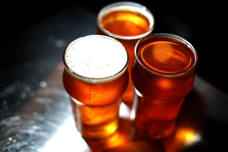 No Dia Internacional da Cerveja, por que beber outra coisa? (Foto: Getty Images/Justin Sullivan)