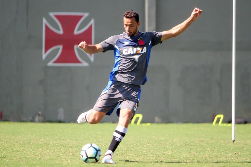 Nenê volta a treinar com elenco cruz-maltino (Foto: Paulo Fernandes/Vasco)