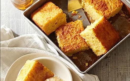 Aprenda a fazer um bolo de milho cremoso e light