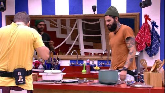 Caruso e Diego especulam sobre estalecas dos brothers