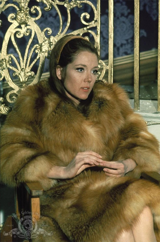 Diana Rigg foi Tracy Draco em '007 a serviço secreto de sua majestade' (1969) — Foto: Divulgação/MGM