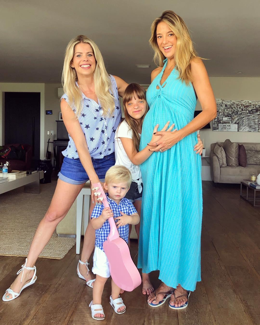 Ticiane, Karina e as crianças (Foto: Reprodução/Instagram)