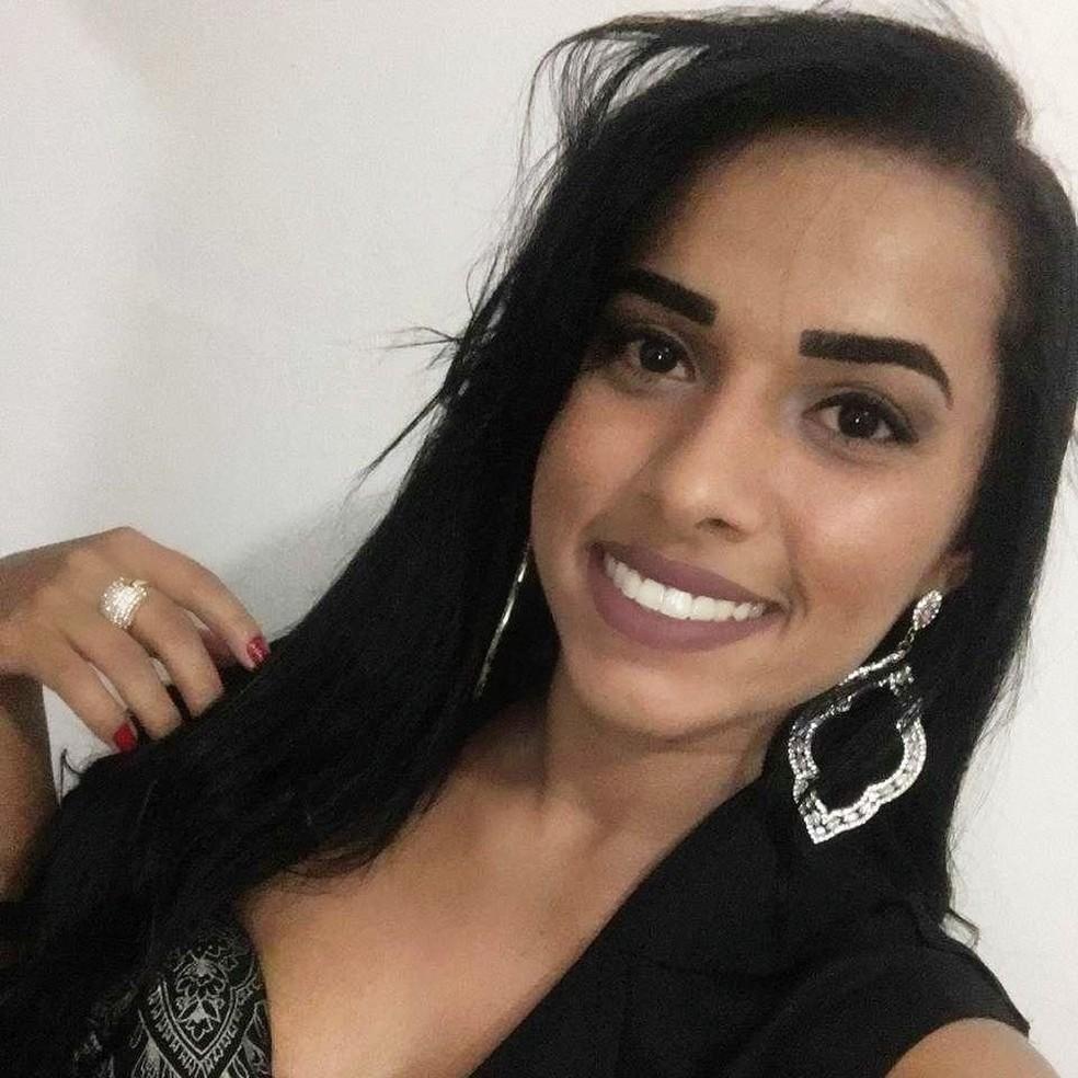 Aldirene da Silva Santana, de 26 anos, disse que não se lembra do que aconteceu — Foto: Facebook/Reprodução