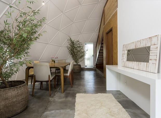 Os ambientes foram assinados pelo escritório SOS Casa (Foto: Fernando Willadino/Divulgação)