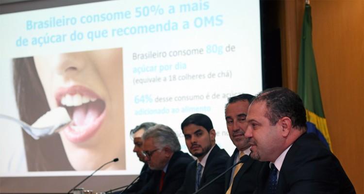 saude-acucar-anuncio-acordo (Foto: Rodrigo Nunes/Ministério da Saúde)