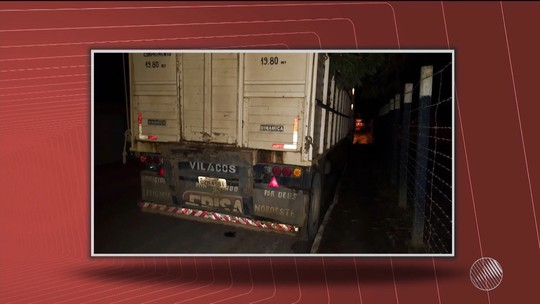 Adolescente de 15 anos 'ponga' em caminhão, cai e morre atropelado em Teixeira de Freitas, no extremo sul da BA