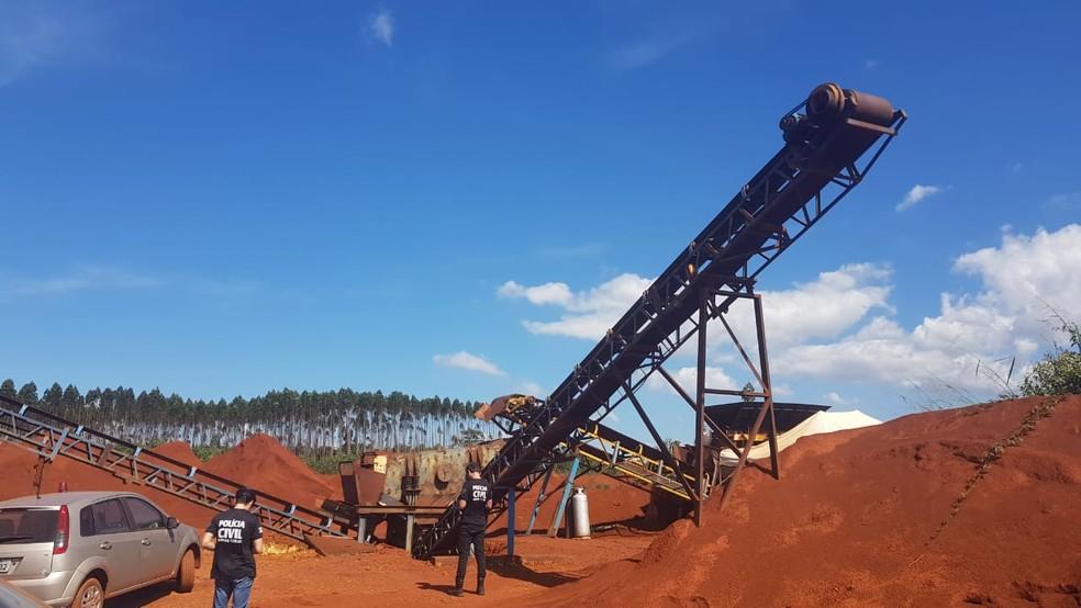 Polícia Civil faz operação em mineradora em Mariana — Foto: Polícia Civil/Divulgação
