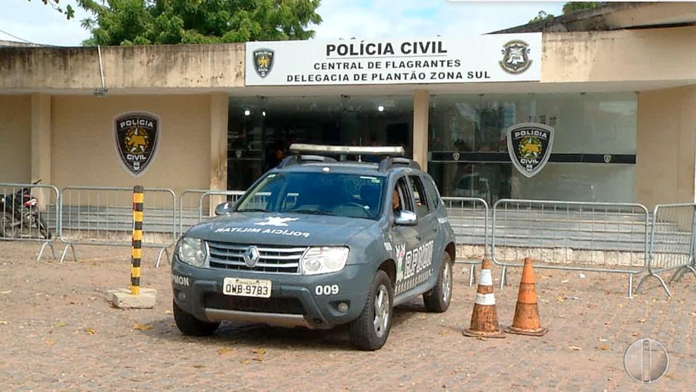 Discussão em lanchonete deixa dois homens baleados no Litoral Sul potiguar (Foto: Inter TV Cabugi/Reprodução)