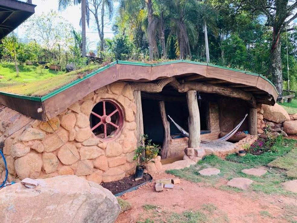 Parte externa da Casa Hobbit em Jundiaí — Foto: Arquivo Pessoal