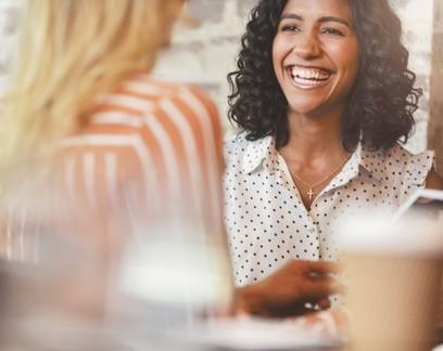 Tem entrevista de emprego marcada? Aqui vão 6 dicas para você chegar superpreparado