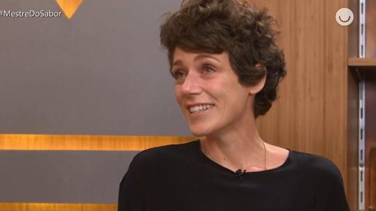 Após chorar muito com eliminação, Carol Albuquerque dispara: 'Medo da exposição'