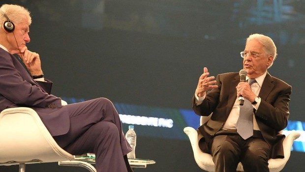 Bill Clinton e Fernando Henrique Cardoso em evento da XP Investimentos (Foto: Divulgação)