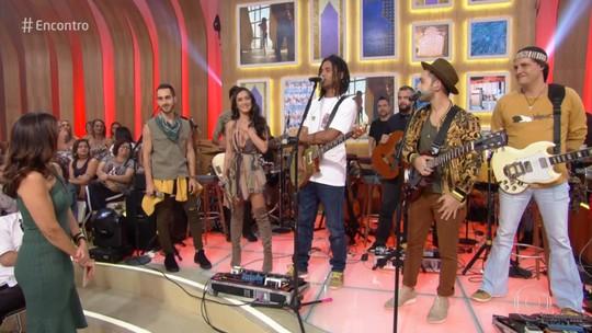 Melim realiza sonho de cantar com Natiruts