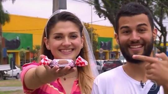 'The Wall': casal que vende bombons no semáforo quer realizar sonho do casamento