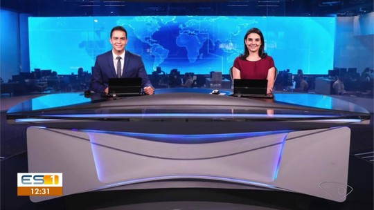 Confira a foto oficial de Philipe Lemos e Ana Lídia na bancada do Jornal Nacional