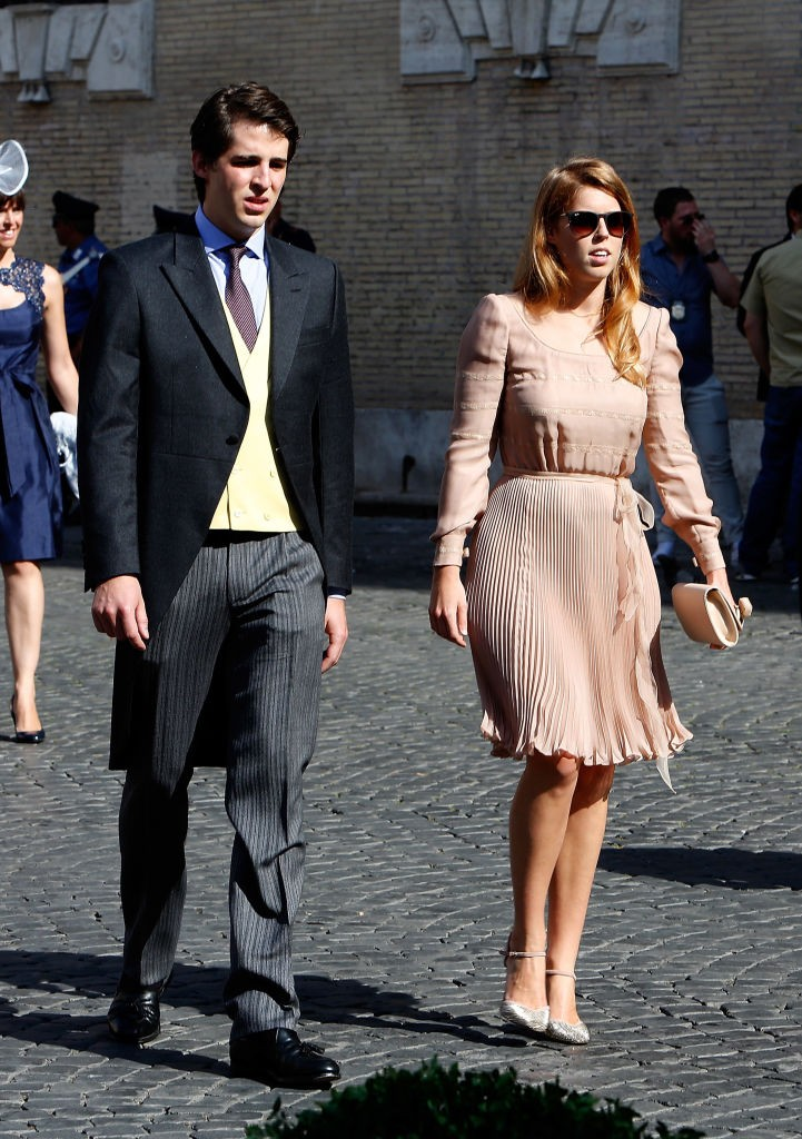 ROME, ITALY - JULY 05:  Princess Beatrice of York attends the wedding of Prince Amedeo of Belgium and Elisabetta Maria Rosboch Von Wolkenstein at Basilica Santa Maria in Trastevere on July 5, 2014 in Rome, Italy.  (Photo by Elisabetta A. Villa/WireImage) (Foto: WireImage)