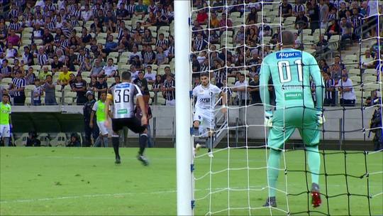 """Decepcionado com Botafogo, Zé Ricardo cita alívio após empate: """"Temos que agradecer pelo ponto"""""""